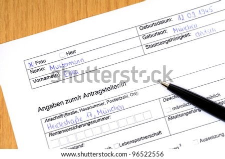 Application form with ballpoint-pen. No personal informations given (Antrag = Application form, Antragsteller = applicator), Erika Mustermann is a substitute like John Doe