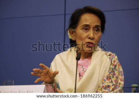 APRIL 12, 2014 - BERLIN: the opposition leader of Birma (Myanmar) and Nobel Peace Prize Laureate, Aung San Suu Kyi at a press conference in Berlin.