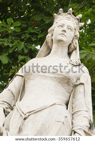 Architectural detail of medieval statue in the Jardin du Luxembourg in Paris.