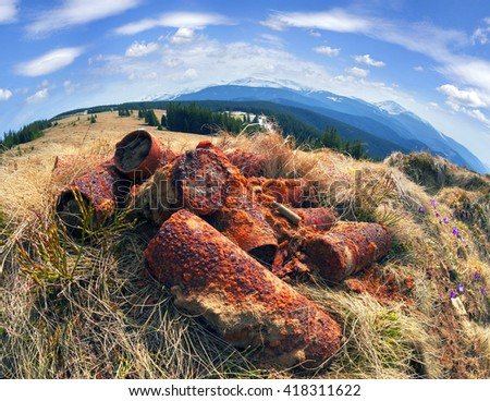 Arhelogi in the trenches of the First World War find old shells. Risk requires caution. There was fighting Austria-Hungary against the Russian Empire, and left a lot of bunkers with an ancient weapon - stock photo