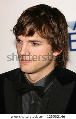 "Ashton Kutcher at the AFI Fest 2006 Opening Night Premiere of ""Bobby"". Grauman's Chinese Theatre, Hollywood, California. November 1, 2006. - stock photo"