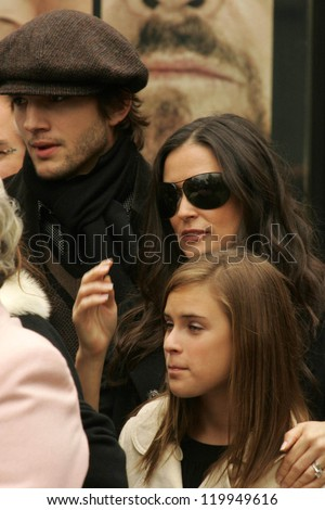 Ashton Kutcher with Demi Moore and Tallulah Belle Willis at the Ceremony honoring Bruce Willis with the 2,321st star on the Hollywood Walk of Fame. Hollywood Boulevard, Hollywood, CA. 10-16-06 - stock photo
