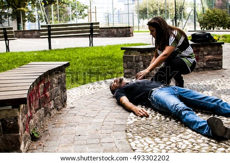 how to help a fainted person