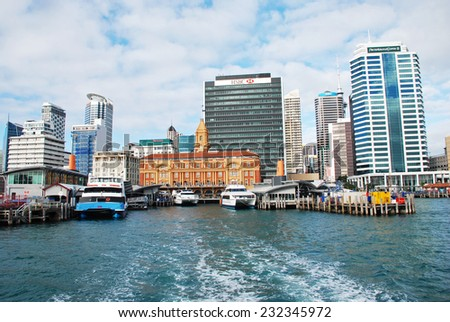 AUCKLAND - AUGUST 8 2009: Leaving Princes Wharf on a ferry, Auckland Harbor, New Zealand.