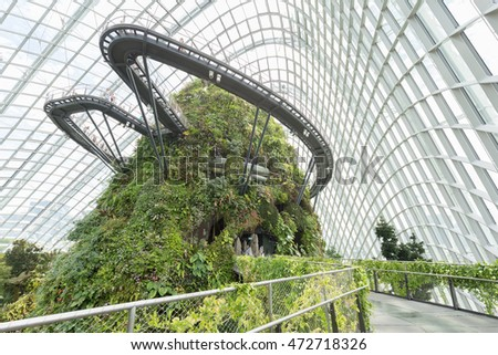 august 52016 inside of the cloud forrest dome at garden by the bay