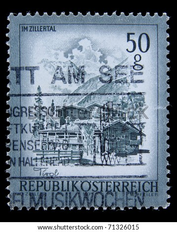 AUSTRIA - CIRCA 1975: A post stamp printed in Austria shows  Imzillertal architecture, circa 1975