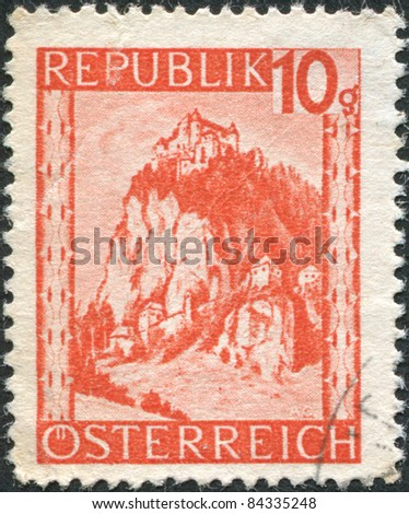 AUSTRIA - CIRCA 1947: A stamp printed in Austria, is shown Hochosterwitz Castle (Burg Hochosterwitz), circa 1947 - stock photo