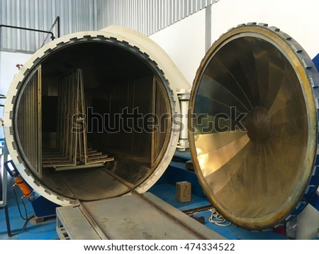 autoclave machine in Glass Manufacturing factory