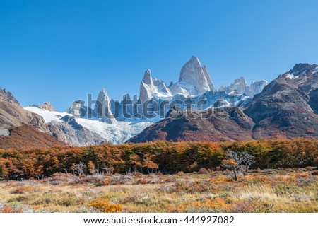 Autumn in Fitz Roy Moutain, Patagonia, El Chalten - Argentina