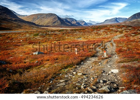 Autumn on the Kungsleden hiking trail in Northern Sweden