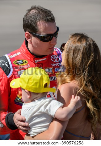 AVONDALE, AZ - MAR 13: Kyle Busch with family at the NASCAR Sprint Cup Good Sam 500 race at Phoenix International Raceway in Avondale, AZ on March 13, 2016