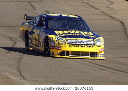 AVONDALE, AZ - NOV 7 - Jamie McMurray (26) competes in the NASCAR Sprint Cup Series at the Phoenix International Raceway on November 7, 2008 in Avondale, Arizona.