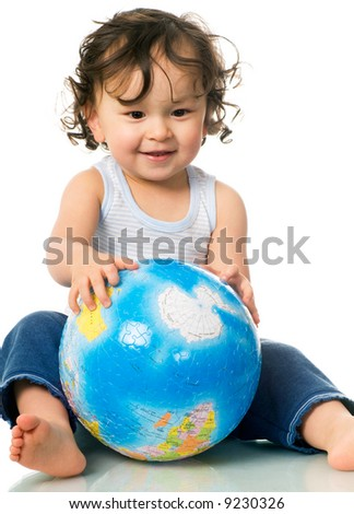 Baby with globe puzzle,isolated on a white background.