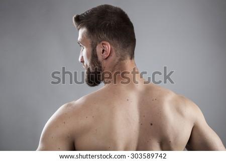 Webbed neck male