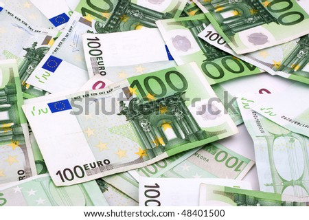 Background money, Shot in a studio