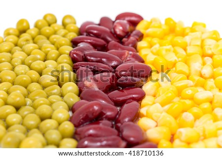 background peas, red kidney beans and corn