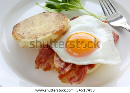 Bacon & Egg, English Muffin Breakfast Sandwich