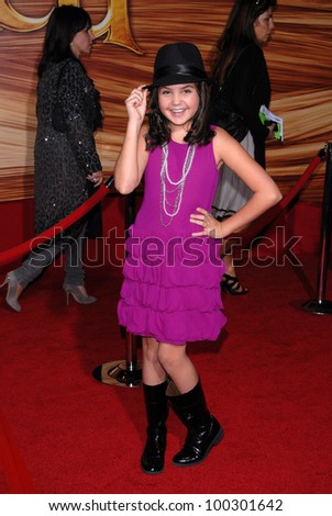 "Bailee Madison at the ""Tangled"" World Premiere, El Capitan Theatre, Hollywood, CA. 11-14-10"