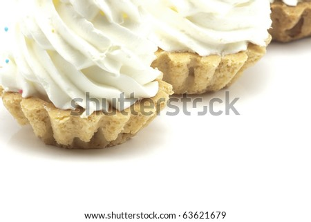 baked shells with cream