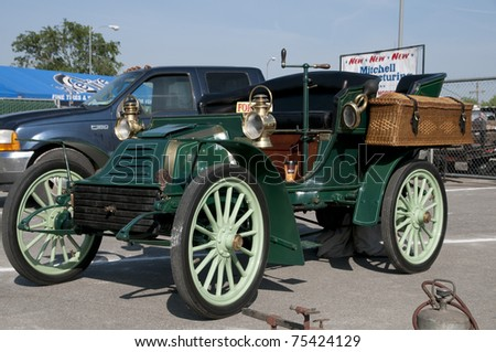 BAKERSFIELD, CA - APR 16: Buyers and sellers from Western US converge on the Horseless Carriage Club swap meet and show  on April 16, 2011, at Bakersfield, California. A 1902 Autocar