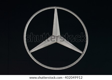 Mercedes sign stock images royalty free images vectors for Mercedes benz sign in