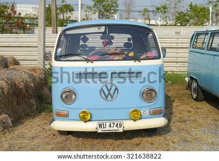 Vw Bus Stock Images, Royalty-Free Images & Vectors ...
