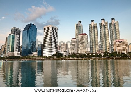 Bangkok, THAILAND - OCT 31:2015.Twilight Time Sukhumvit area & Benchakitti Park, Bangkok One of the key business district in Bangkok.