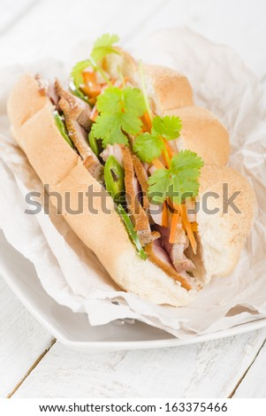smoked duck breast slices, carrot and daikon radish pickle (do chua ...