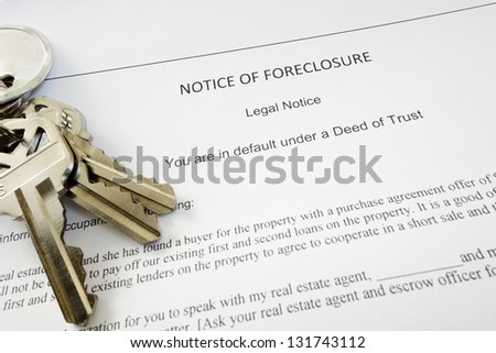Bank Notice of Foreclosure document and keys - stock photo