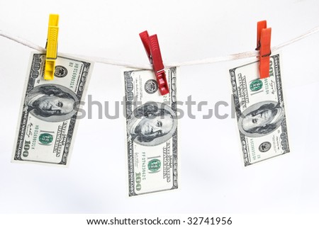 Banknotes on the clothesline