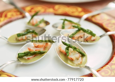 Banquet dish with crab and asparagus