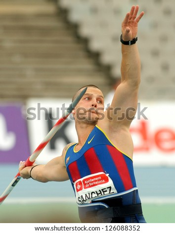 BARCELONA - JULY, 22: Jordi Sanchez of FC Barcelona during Javelin Throw Event of Barcelona Athletics meeting at the Olympic Stadium on July 22, 2011 in Barcelona, Spain