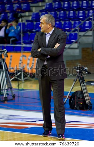 BARCELONA - MARCH 24: Zeljko Obradovic during the Euroleague basketball match between Barcelona and Panathinaikos, final score 71-75, on March 24, 2011 in Palau Blaugrana stadium in Barcelona, Spain.