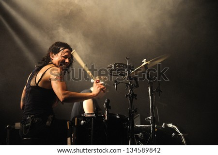Female Drummer Stock Images Royalty Free Images Amp Vectors Shutterstock