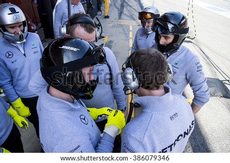 BARCELONA, SPAIN - MARCH 1, 2016: Mercedes members at Formula One Test Days at Catalunya Circuit on March 1, 2016 in Barcelona, Spain.