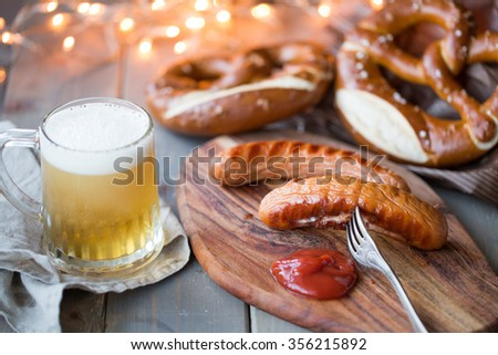 bavarian sausages with bretzel and beer