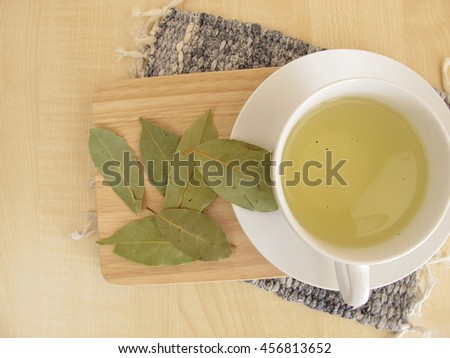 Bay leaves tea