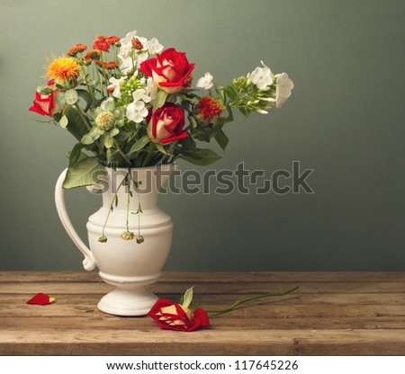 Beautiful flower bouquet with red roses