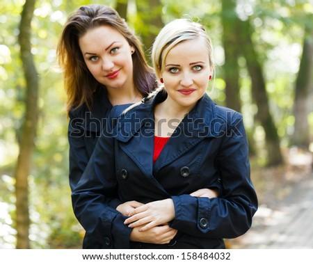 Adult Dizygotic Twins