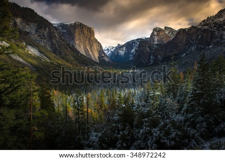 Beautiful sunet at Tunnel View, Yosemite Naional Park - stock photo