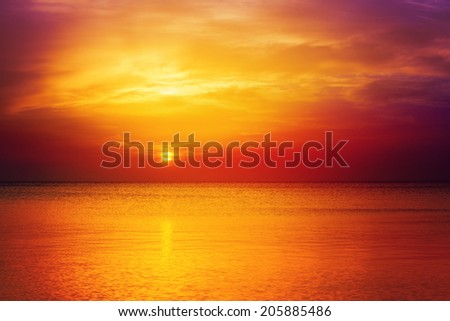 Beautiful sunrise over sea