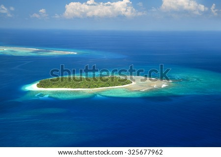 Beautiful tropical Maldivian island from above.