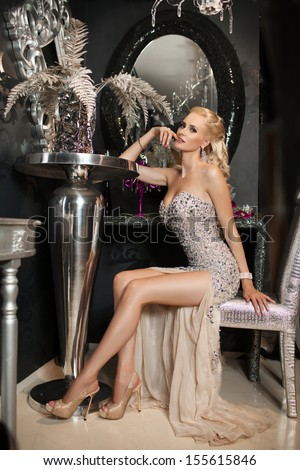 Snobby rich lady dating 5
