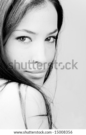 beautiful young woman portrait, bw