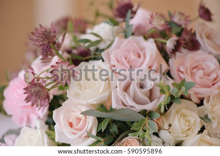 Beautifully decorated bouquet of roses