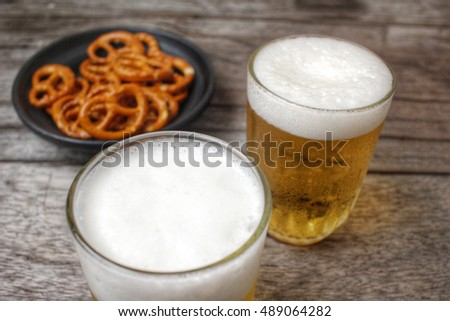 Beer with pretzels