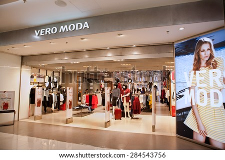 Moda clothing store Clothes stores
