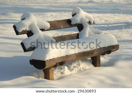 bench seat at winter
