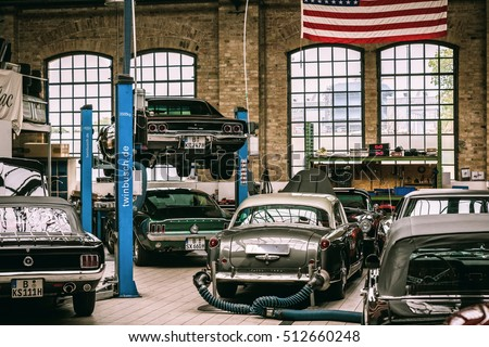Berlin germany november 2016 oldtimer garage stock photo for Garage ad barlin