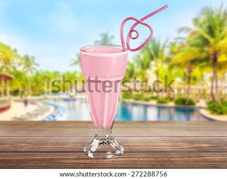 Berry, beverage, calorie. - stock photo